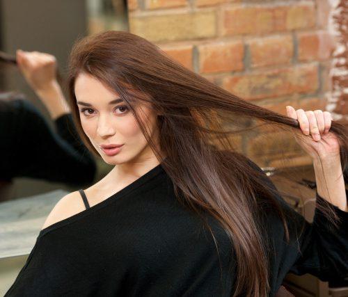 綺麗な髪の女性の画像
